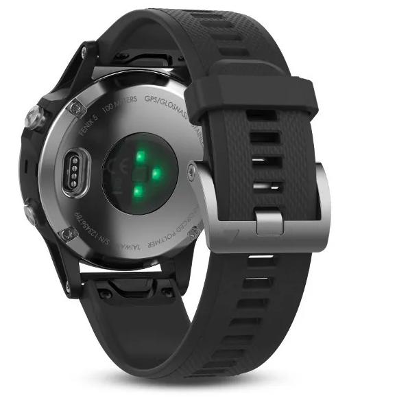 Часы Garmin Fenix 5 с GPS, Glass, серебристые с черным ремешком