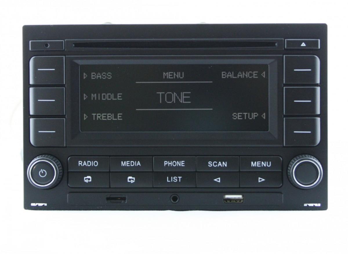 Штатная магнитола RCN-210 для Golf 4, Passat B5 (USB/microSD/AUX/BLUETOOTH/CD)