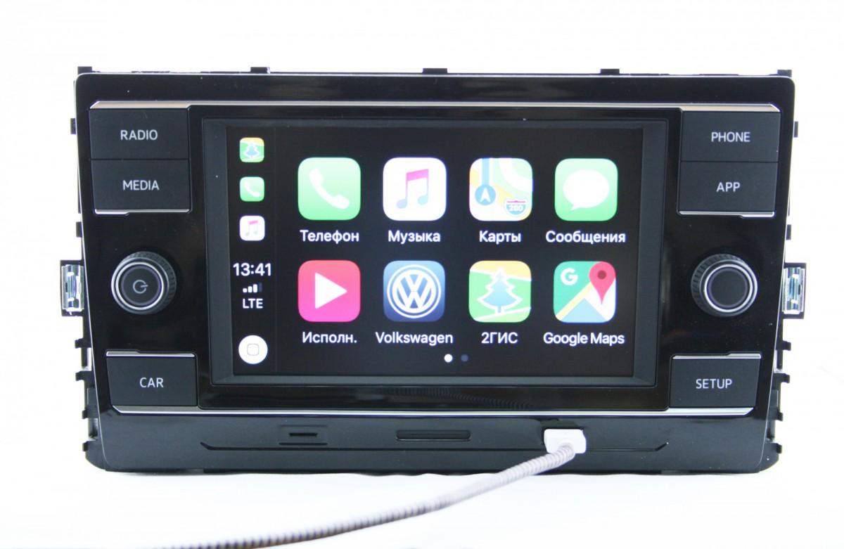 Штатная магнитола для Golf 7 с CarPlay (с рамкой)