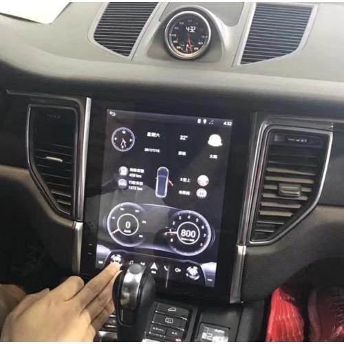Магнитола в стиле Tesla для Porsche Macan