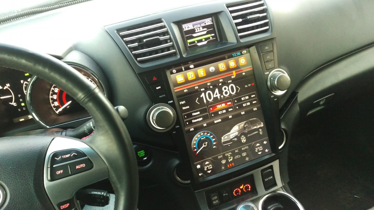 Магнитола в стиле Tesla для Toyota Highlander II (2007-2013)