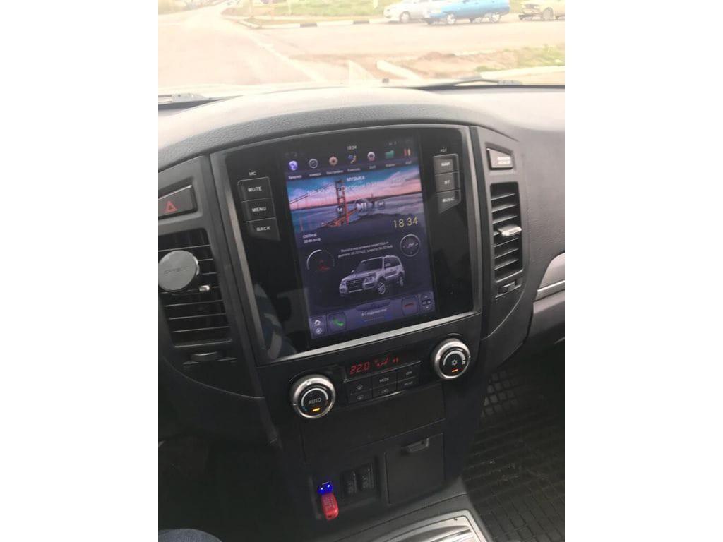 Магнитола в стиле Tesla для Mitsubishi Pajero IV (2006-н.в.)