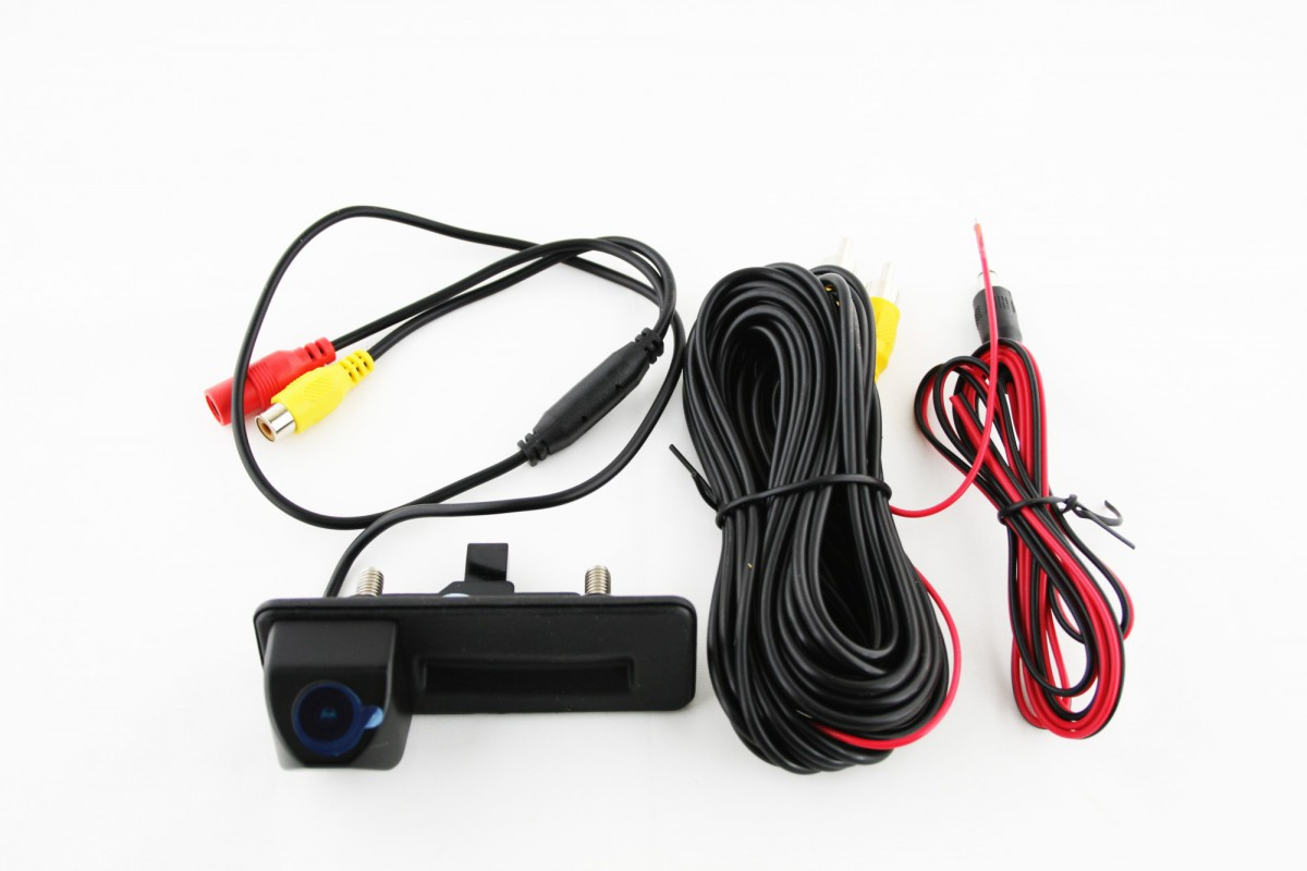 Камера заднего вида Skoda Octavia A5 FL