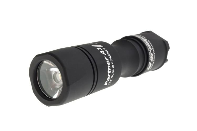 Тактический фонарь Armytek Partner A1 v3 XP-L