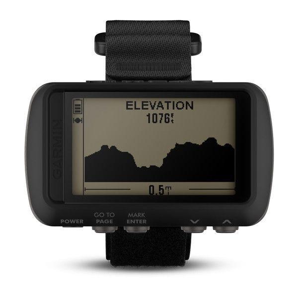 Туристический навигатор в форм-факторе часов Garmin Foretrex 601